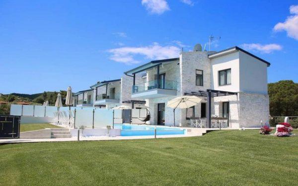 Греция виллы на берегу моря в аренду дом в стамбуле купить